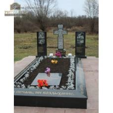 Зеркальный памятник 309 — ritualum.ru
